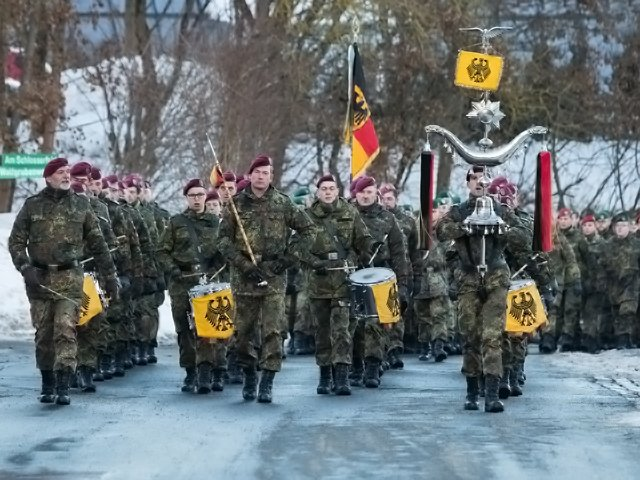 ART.COMPL.GEOPOL - Lituanie   schengen militaire (2018 04 22) FR (1)