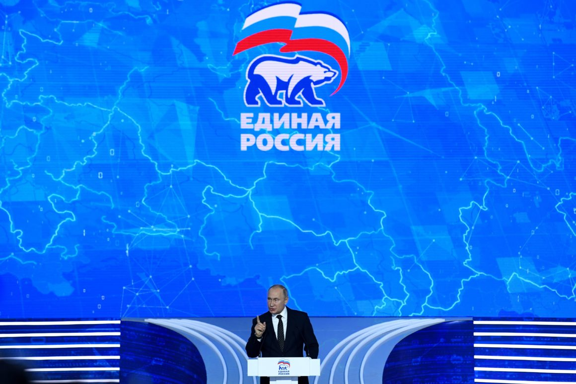 RUSSIA-POLITICS-PARTY-CONVENTION